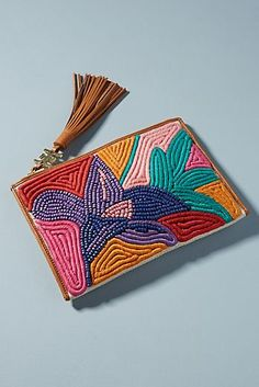 Anette Beaded Flower Clutch – 2020 Fashions Womens and Man's Trends 2020 Jewelry trends Diy Clutch, Beaded Clutch, Diy Purse, Beaded Bags, Clutch Bags, Embroidery Bags, Hand Embroidery Designs, Beaded Embroidery, Handmade Notebook