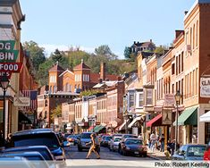 Galena IL - this quaint town that caters to women, sits over the Mississippi River, just east of Dubuque, Iowa. Quaint shops.