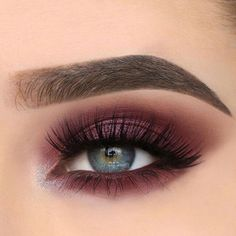 Makeup Tools 24 Sexy Eye Makeup Looks Give Your Eyes Some Serious Pop - sexy eye makeup ideas. 24 Sexy Eye Makeup Looks Give Your Eyes Some Serious Pop - Sexy Eye Makeup Ideas make-up Sexy Eye Makeup, Purple Eye Makeup, Eye Makeup Tips, Makeup Hacks, Makeup For Brown Eyes, Cute Makeup, Gorgeous Makeup, Makeup Inspo, Hair Makeup