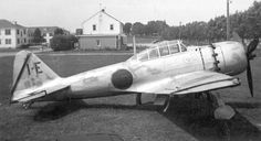 零式艦上戦闘機六三型 五三型の胴体下に250kg爆弾の懸吊架を設けた戦闘爆撃機型。 エンジンには栄三一型を搭載した。 原型の五三型同様ほとんど生産されていない。