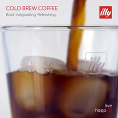 When it comes to coffee, we're passionate about perfection. Shop illy coffee & espresso, espresso machines and accessories. Italian Coffee, Espresso Coffee, Cold Brew, Simple Diy, Diy Tutorial, Brewing, Essentials, Smooth, Profile