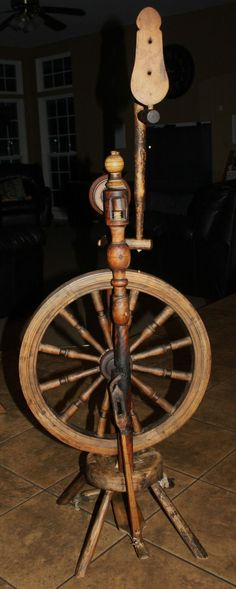 Castle Style Spinning Wheel for Flax or Wool 19th Century