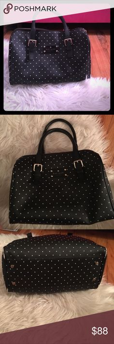 Kate Spade Black and White Polka Dot Purse Preloved Kate Spade black and white Polka Dot purse. This purse style is similar to the LV speedy. There are signs of wear on all four bottom corners and inside the purse, but other than that it is in excellent condition! This was one of my favorite bags for a while, so I hope it can find a new home to love it as much as I did! 💗 kate spade Bags Totes