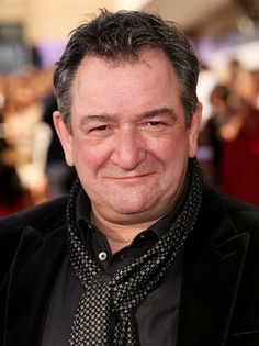 He does 'dark and tortured Scotsman' and 'mischievous twinkly Scotsman' equally well. George Heriots, Ken Stott, Film Trilogies, King Lear, Scottish Actors, Lotr, The Hobbit, Celebrity Crush, Celebrities