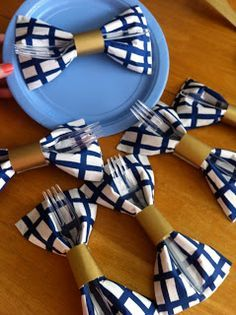 """to Avoid Horrible Baby Shower Games Bow-tie napkins for a little boy baby shower. Lots of other cute ideas for a """"Little Mister"""" baby shower!Bow-tie napkins for a little boy baby shower. Lots of other cute ideas for a """"Little Mister"""" baby shower! Baby Shower Azul, Baby Shower Balloons, Baby Boy Shower, Shower Party, Baby Shower Parties, Baby Shower Themes, Shower Ideas, Shower Cake, Blue Party Decorations"""