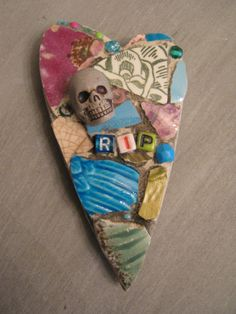 RIP mosaic heart magnet with skull, mosaic art.
