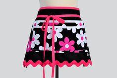 Vendor Craft Waitress Apron Michael Miller Lil Plain Jane Hot Pink and Black Floral
