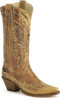 howtocute.com distressed cowgirl boots (05) #cowgirlboots