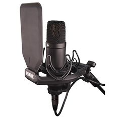 Rode Kit Studio Condenser Microphone package with SMR shock mount and removable pop-shield. Kit, Smartphone, Thing 1, Gaming Setup, Pc Setup, Pewdiepie, Gears, Packaging, Ebay