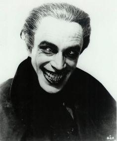 "The Original Joker: The Man Who Laughs. Bob Kane and Bill Finger modelled the Joker after the actor Conrad Veidt's performance in the 1928 silent film ""The Man Who Laughs"" The Man Who Laughs, Conrad Veidt, Joker Face, Joker Scars, Inspiration Artistique, Bob Kane, Films Cinema, Pierrot, Portraits"