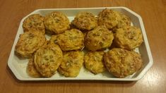 Zabpelyhes túrós pogácsa - Csombókné Balázs Erika fotója Diabetic Recipes, Diet Recipes, Muffin, Food And Drink, Breakfast, Ethnic Recipes, Morning Coffee, Skinny Recipes, Muffins