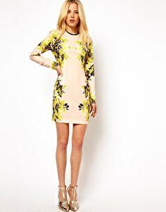 Imagen 4 de Vestido con estampado floral efecto espejo de ASOS