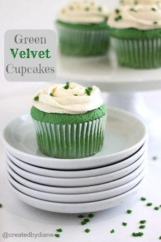 Green Velvet Cupcakes @createdbydiane - perfect for St. Paddy's Day