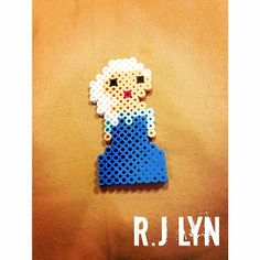 Elsa Frozen perler beads by rjlynnn Perler Patterns, Bead Patterns, Pixel Beads, Disney Designs, Animation, Elsa Frozen, Disney Cruise, Beading Tutorials, Perler Beads