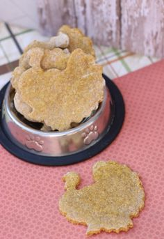 Homemade Thanksgiving Dog Treats made with Pumpkin Peanut Butter Eggs Oatmeal and a dash of cinnamon. Puppy Treats, Diy Dog Treats, Homemade Dog Treats, Dog Treat Recipes, Healthy Dog Treats, Dog Food Recipes, Peanut Butter Eggs, Pumpkin Dog Treats, Natural Dog Treats