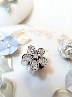 Flower Charm Pearl Earrings, Charmed, Jewellery, Pearls, Bracelets, Flowers, Pearl Studs, Jewels, Schmuck