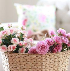 #Flores, #fibras #naturales, #colores vibrantes y muchos estampados coloridos son parte de la colección #Garden. #Homy #Invierno