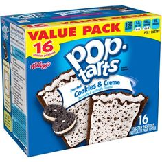 Pop-Tarts Frosted Cookies & Creme Toaster Pastries: These Pop-Tarts are delicious! They are the Cookies & Creme flavored toaster pastries. Pop Tart Flavors, Oreo Flavors, Cookie Frosting, Soft Pretzels, Weird Food, Snacks For Work, Hot Fudge, Food Humor, Funny Food