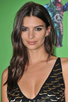 Emily Ratajkowski at the 2015 MTV Video Music Awards. http://beautyeditor.ca/2015/09/04/mtv-video-music-awards-2015