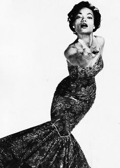 Have another picture of Eartha Kitt, 'cause she's amazing like that. <3