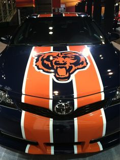 ★★ Now that is a Chicago Bears Fan! MacInnis S. Hart Marshall Via Chicago Bears Funny, Chicago Bears Pictures, Bears Football, Chicago Football, Football Stuff, Football Art, Football Memes, Chicago Cubs, College Football