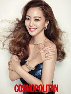Han Ye Seul Dazzles In Diamonds For The December Issue Of Cosmopolitan Pretty Asian, Beautiful Asian Women, Korean Beauty, Asian Beauty, Korean Girl, Asian Girl, Korean Idols, Korean Celebrities, Celebs