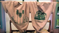 Siamanese Twin T-Shirt Display