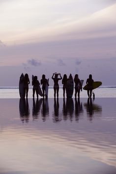 #Girls Surfing
