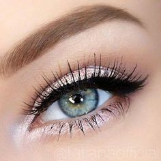 Shimmer Eyeliner and Eyeshadow for Blue/Hazel Eyes
