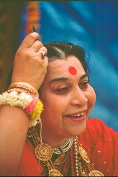 Sahaja Yoga Meditation, Message For Mother, Shri Mataji, Divine Mother, S Pic, Ganesh, Spiritual, God, Quotes