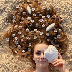 New photography artistique photoshoot eyes Ideas Beach Photography Poses, Portrait Photography Poses, Beach Poses, Summer Photography, Creative Photography, Kreative Portraits, Shotting Photo, Photographie Portrait Inspiration, Summer Pictures