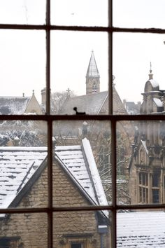 Another lovely shot through windows, of a snowy Oxford day. I believe that's Exeter College.