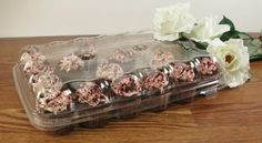 A mini cupcake container or a mini muffin container, this super clear plastic dessert container holds 24 minis with plenty of room for frosting. The cupcakes' colors and textures show through the mini cupcake container for easy viewing, quick selection Baking Cupcakes, Mini Cupcakes, Cupcake Liners, Cupcake Holders, Cupcake Container, Small Bakery, Bride Pictures, Mini Muffins, Frosting