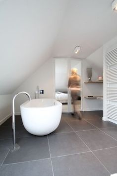 slate grey and white contemporary bathroom with free standing tub - MI CASA COLECCIÓN