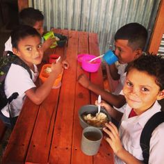:: Lunch bunch :: #iEnrich #itshardtolearnwhenyourehungry #love #happy #helpothers #yum #lunch