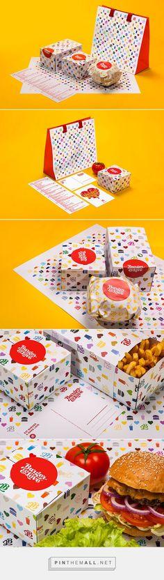 Burger&Love Burger Branding, Burger Packaging, Honey Packaging, Food Branding, Food Packaging Design, Restaurant Branding, Brand Packaging, Restaurant Design, Corporate Branding