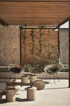 The Dexamenes Seaside Hotel brings a concrete oasis to the Peloponnesian coast - Terrasse Design Exterior, Interior Exterior, Outdoor Spaces, Outdoor Living, Outdoor Decor, Casa Hotel, Landscape Design, Seaside, Backyard