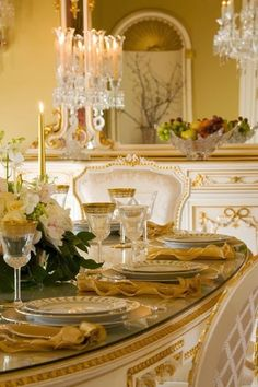 Pure elegance. A classic look with white and gold accents