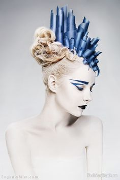 conceptual make-up.  Editorial fashion. It's things like this that inspire and intrigue me