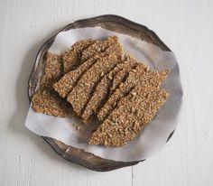 Siemennäkkäri // Crispbread // Seed bread