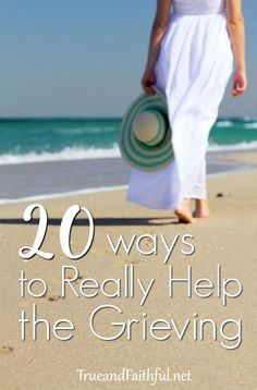 20 ways to really help a friend who's grieving. For the widow, miscarriage, death of a child or family member, these practical helps are huge. Grieving Friend, Grieving Gifts, Dealing With Grief, Grief Support, Grief Loss, Child Loss, Sympathy Gifts, Bereavement, Spiritual Growth