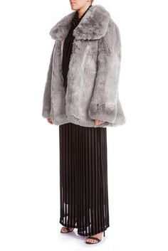 You'll never be cold this winter with our SKYE Oversized Faux Fur Coat. Equally glamorous and effortless. Its slouchy silhouette is accented with a oversized collar. Silver Ash, Ash Color, Signature Collection, Mulberry Silk, Silk Satin, Faux Fur, Fitness Models, Fur Coat, Women Wear