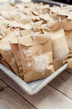 travel themed favors | Figlewicz Photography | Glamour & Grace
