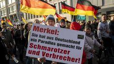 Merkels letztes Stündlein scheint zu schlagen. In der CDU ist eine offene Revolte ausgebrochen. Bei der Wahl für den für die Euro-Rettungspolitik zuständigen Franktionsvize droht der Kanzlerin eine erneute Niederlage. Ihr Rückhalt schwindet, und ob sie unter diesen Umständen die Wahl zur Parte... Islam, Broadway Shows, Public, Running Away, Politicians, Pretty Pictures, Life, Broadway Plays