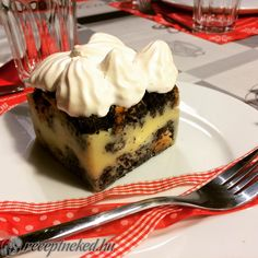 Érdekel a receptje? Kattints a képre! Poppy Seed Cake, Hungarian Recipes, Guam, Something Sweet, Cake Recipes, Cheesecake, Food And Drink, Pudding, Cooking Recipes