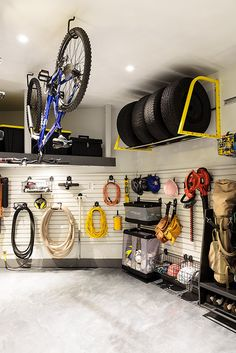Design & DIY expert Leigh-Ann Allaire Perrault shares her easiest tips for transforming a dingy garage space into a functional, working area without sacrificing style. Garage Wall Storage, Garage Organization Tips, Garage Storage Solutions, Shed Storage, Diy Storage, Storage Ideas, Organizing, Garage Shed, Garage Walls