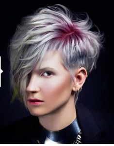 Haircut, haircut and color, assymetrical pixie cut, short hair styles, shor Funky Hairstyles, Pretty Hairstyles, Hairstyle Ideas, Short Hair Cuts, Short Hair Styles, Creative Haircuts, Corte Y Color, Haircut And Color, Pixie Haircut