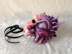 Expressief half masker 'Halfdemoon' gereserveerd voor Jonathan gemaakt door Thomas W. - Theater Didymus