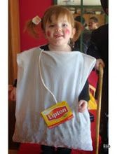 I did this to Nate years ago for Halloween Tea bag costume. I did this to Nate years ago for Halloween The post Tea bag costume. I did this to Nate years ago for Halloween appeared first on Halloween Costumes. Modest Halloween Costumes, Handmade Halloween Costumes, Creative Costumes, Costume Ideas, Easy Adult Halloween Costumes For Women, Quick Easy Halloween Costumes, Zombie Costumes, Halloween Clothes, Children Costumes