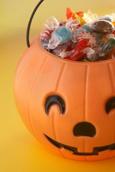 Don't throw away the leftover Halloween candy!  You can turn it into much tastier treats.  Try some of these ideas.
